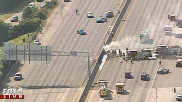 4 dead in plane crash on I-285