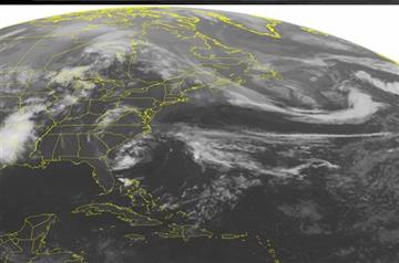 Ana's winds strengthen as storm approaches US coast