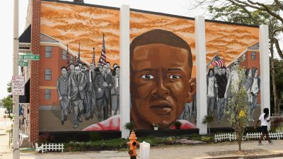 Trove of Evidence Turned Over in Case of Freddie Gray Death