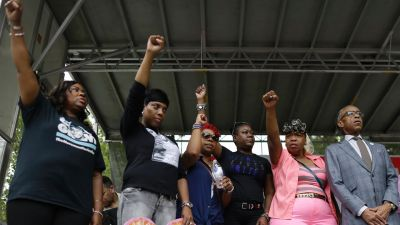 Federal Charges Sought in Eric Garner's Chokehold Death