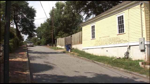 Battle over siding: A message to neighbors