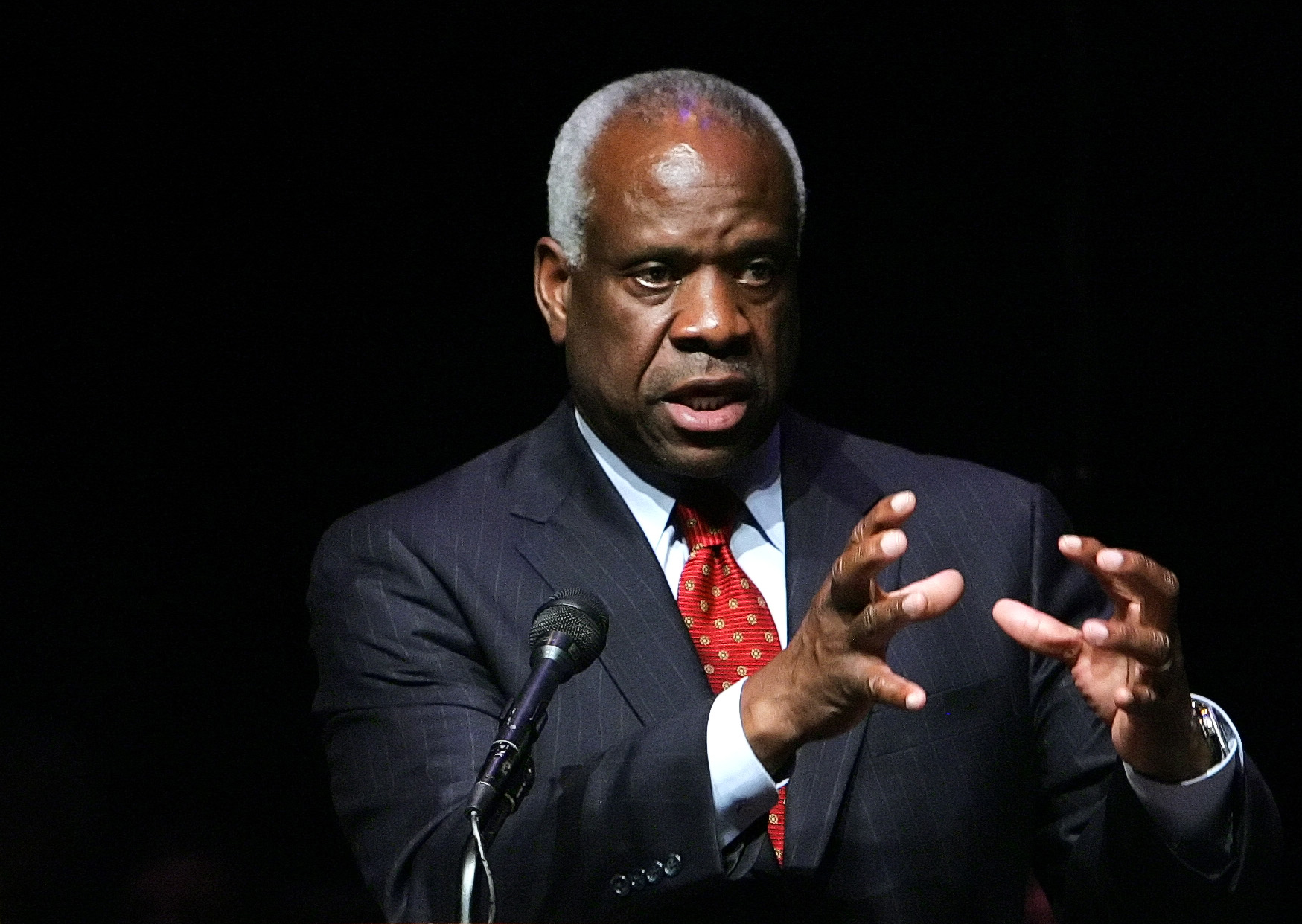 Clarence Thomas to swear in Mike Pence at inauguration