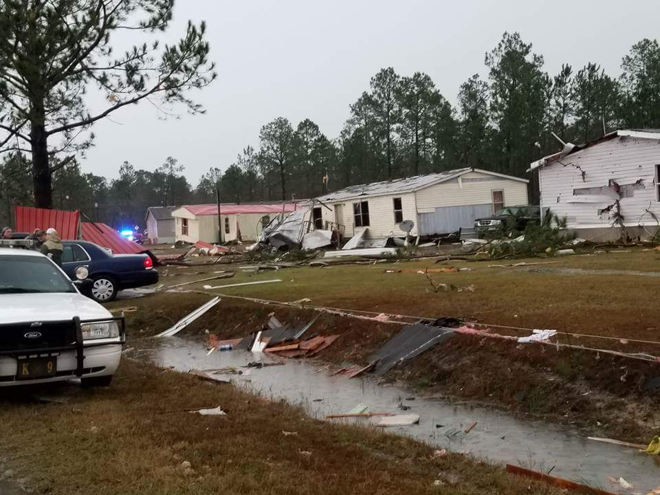 Death toll hits 12 after early storms; tornado watch continues in metro Atlanta