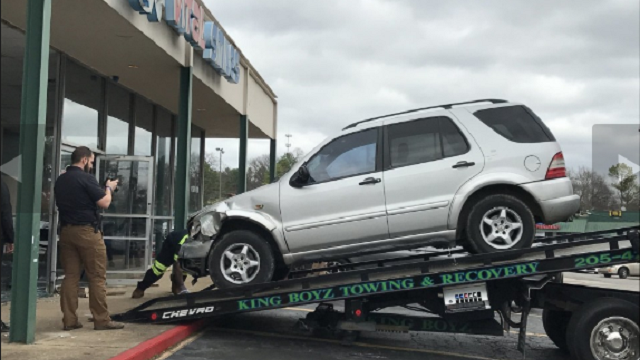 Boy, 5, killed, 6 injured after SUV crashes into dentist's office