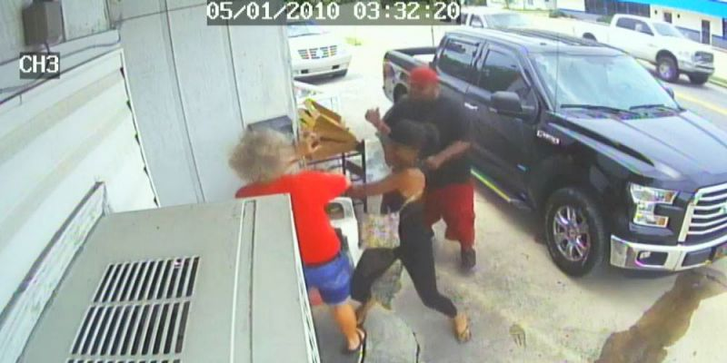 Couple Beats Woman and Her Daughter Over Cold Chicken