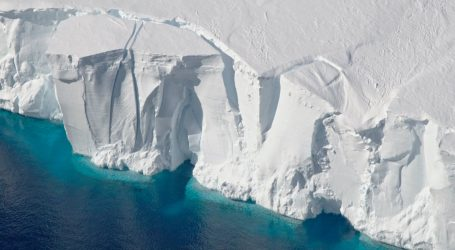 "Scientists Are Desperately Trying to Figure Out How Long We Have Until ""Doomsday Glaciers"" Melt"