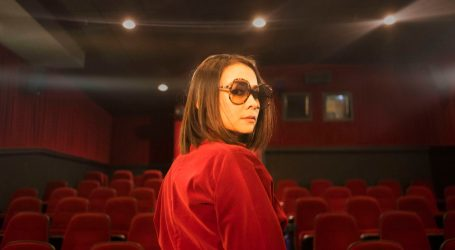 """Mitski's """"Be the Cowboy"""" Tells Tales at the Edge Between Calm and Unhinged"""