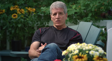 6 Siblings of Republican Congressman Endorse Democratic Opponent in Stunning Ad
