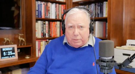 Right-Wing Conspiracy Theorist Jerome Corsi Expects to Be Indicted in Russia Investigation