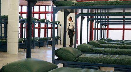 Shutdown Talks Stall Over Detention Beds