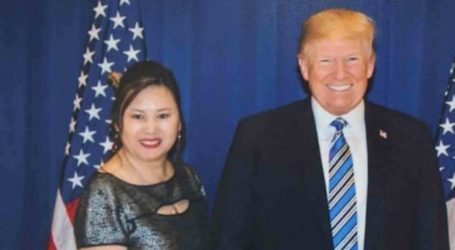 """White House: Trump """"Doesn't Know"""" the Massage Parlor Owner Peddling Access to Him"""