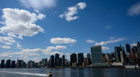Can New York Protect Itself from Rising Seas by Just Getting Bigger?