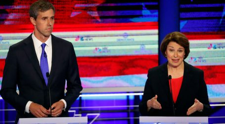 Amy Klobuchar Had the Perfect Clapback to Jay Inslee's Comments on Abortion