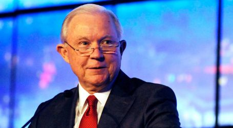 """Jeff Sessions Hopes You've Forgotten What His """"Zero Tolerance"""" Policy Actually Did"""