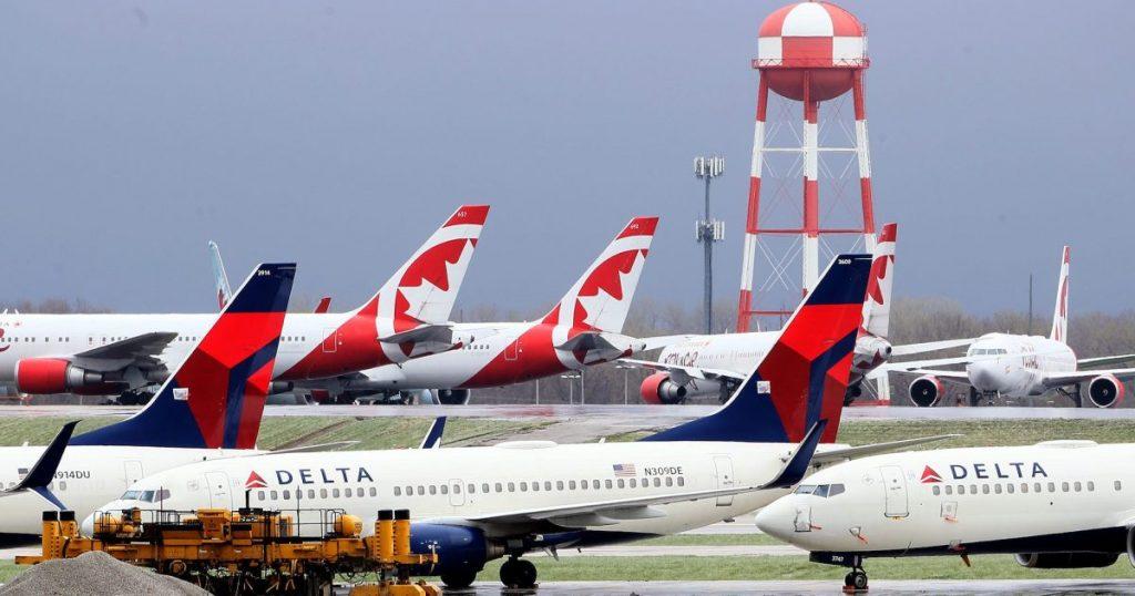"""delta-tells-sick-flight-attendants:-""""do-not-post""""-on-social-media-or-notify-fellow-crew"""