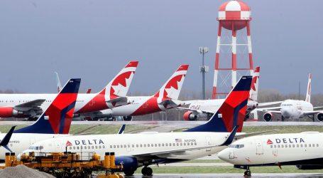 """Delta Tells Sick Flight Attendants: """"Do Not Post"""" on Social Media or Notify Fellow Crew"""