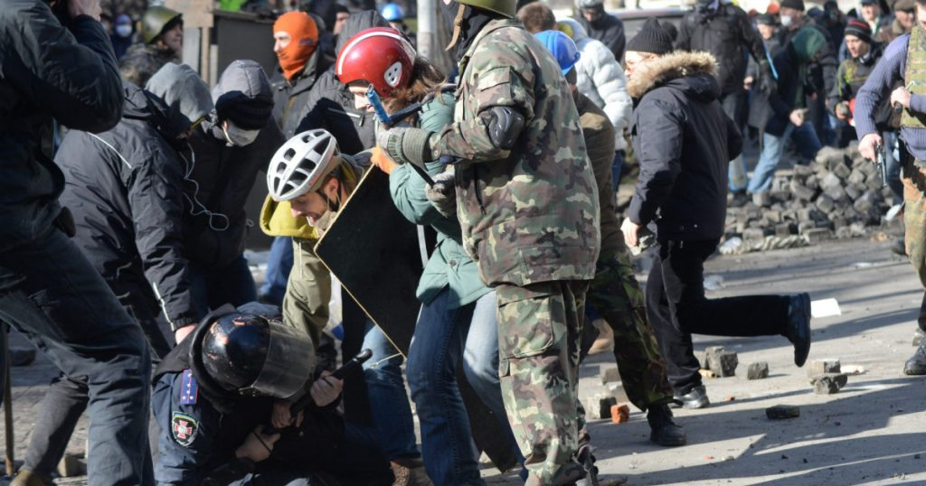 trump-campaign-smears-american-protesters-with-photo-from-ukraine